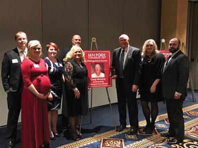Craig Mensink receives Minnesota Pork Distinguished Service Award
